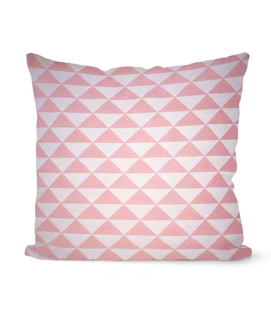 dekorativní geometrický povlak na polštář Pink triangle 40x40 cm 1