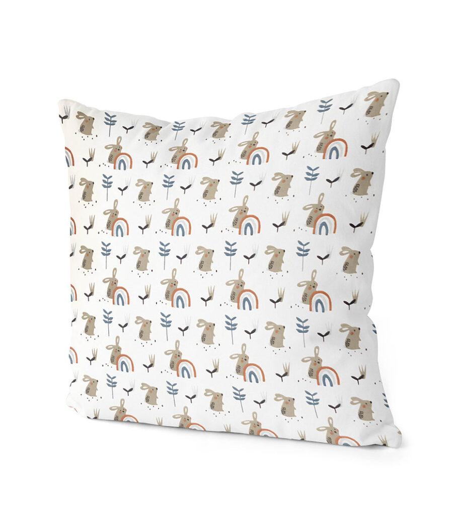 dekorativní dětský povlak na polštář Bunny with a rainbow 40x40 cm 2